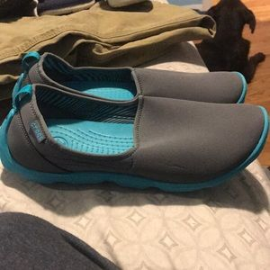 CROCS Shoes - GREAT CONDITION!!! Crocs duet busy day size 9